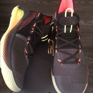 NIB Under Armour Curry 6 size 10 / size 12